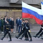 300px-Возложения_цветов_к_мемориалу_героической_обороны_Севастополя